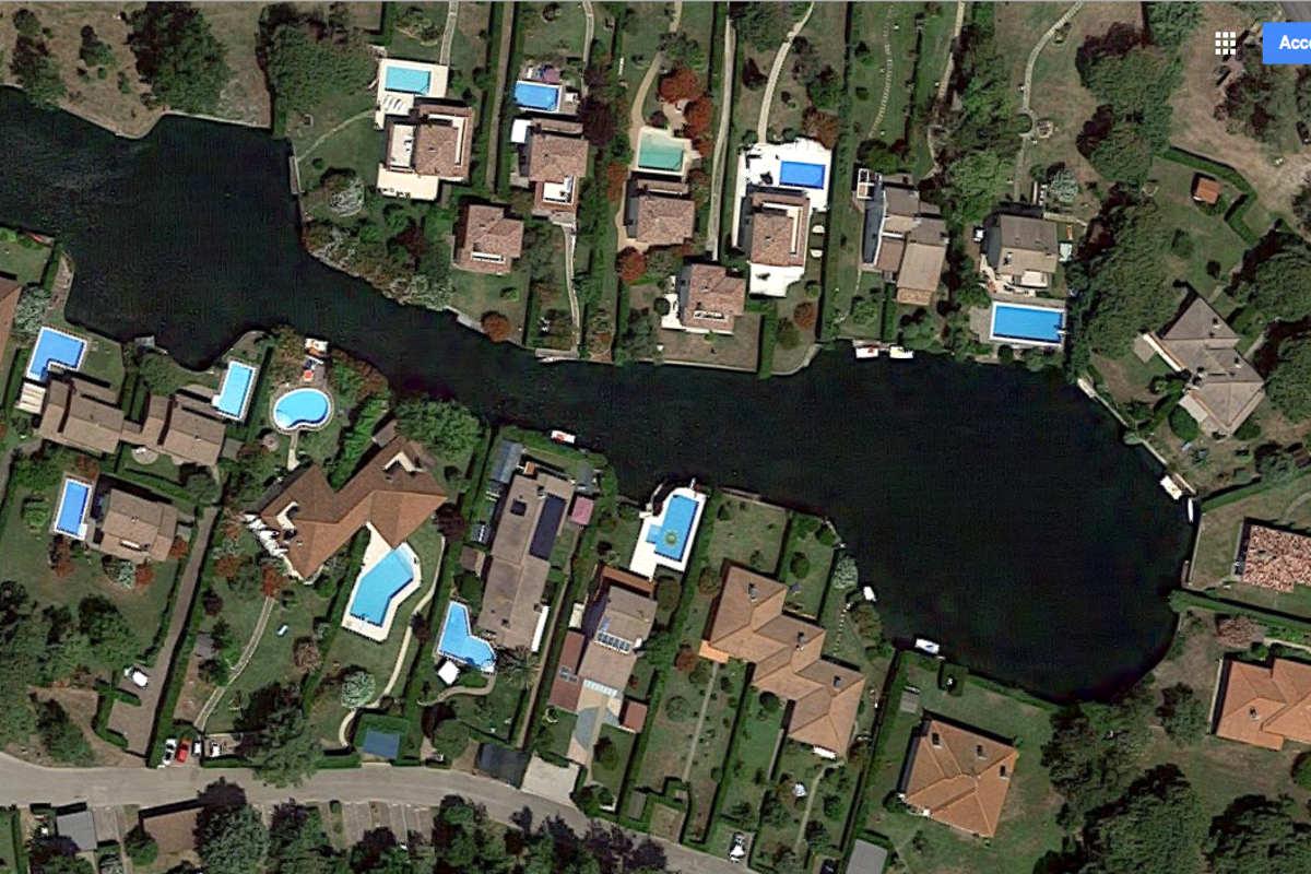 Villa ad Albarella con molo privato