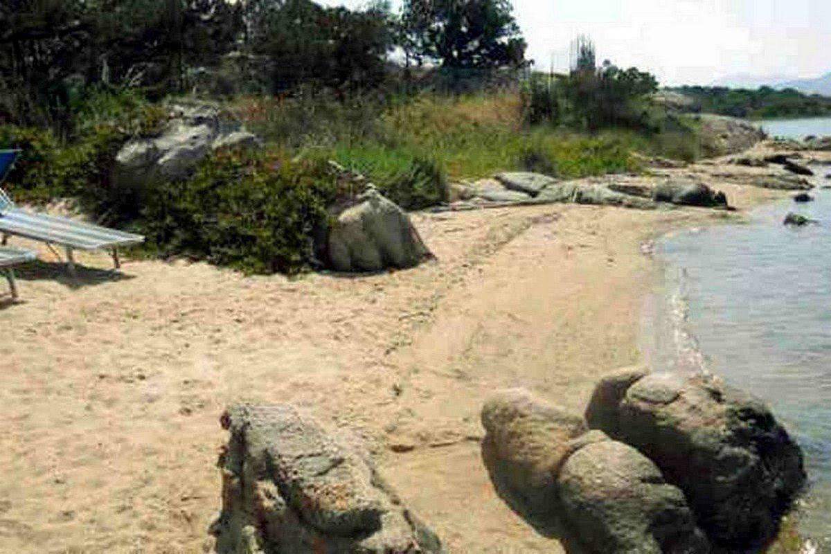 Porto Rotondo villa vendita fronte mare con spiaggia