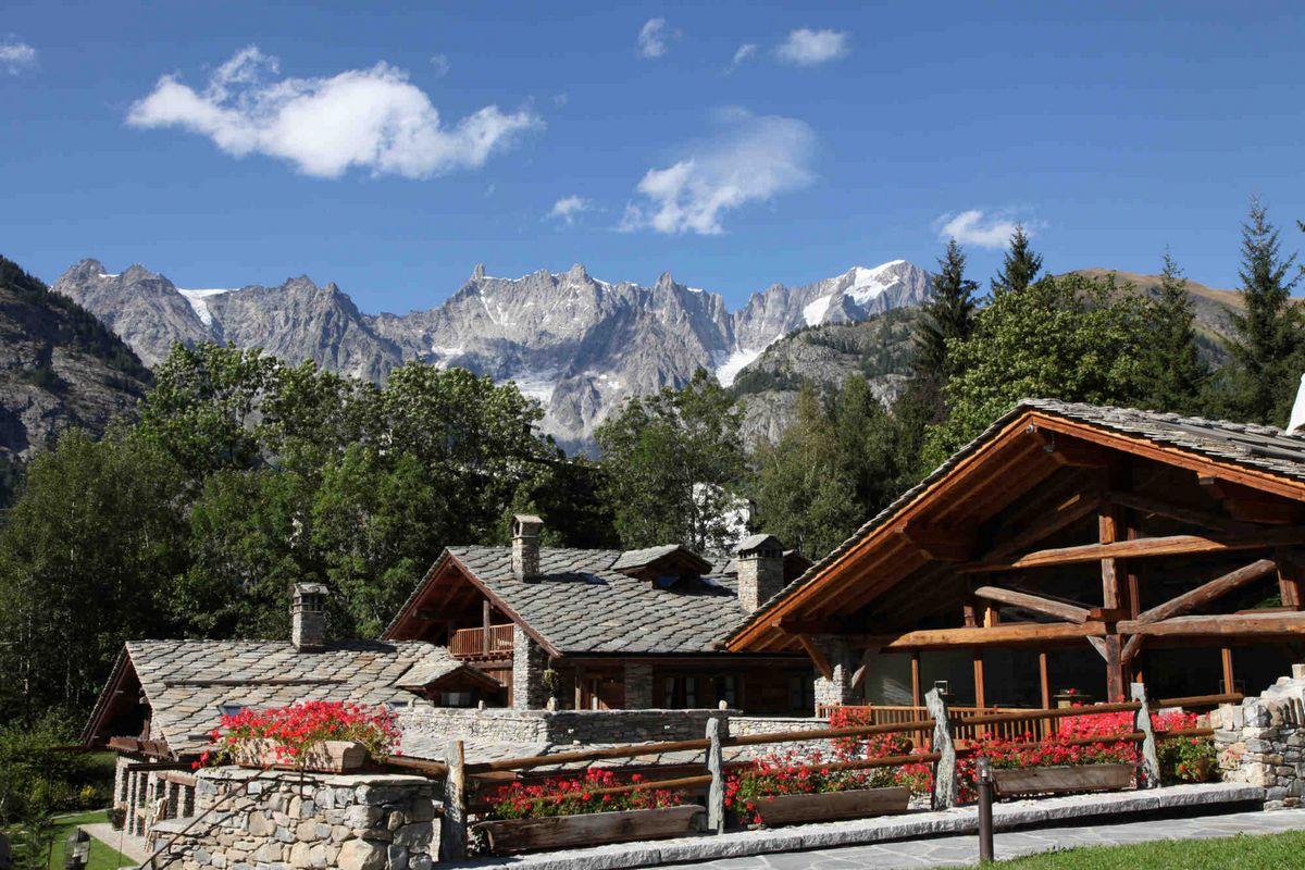Courmayeur Chalet Lusso in affitto 4 stelle