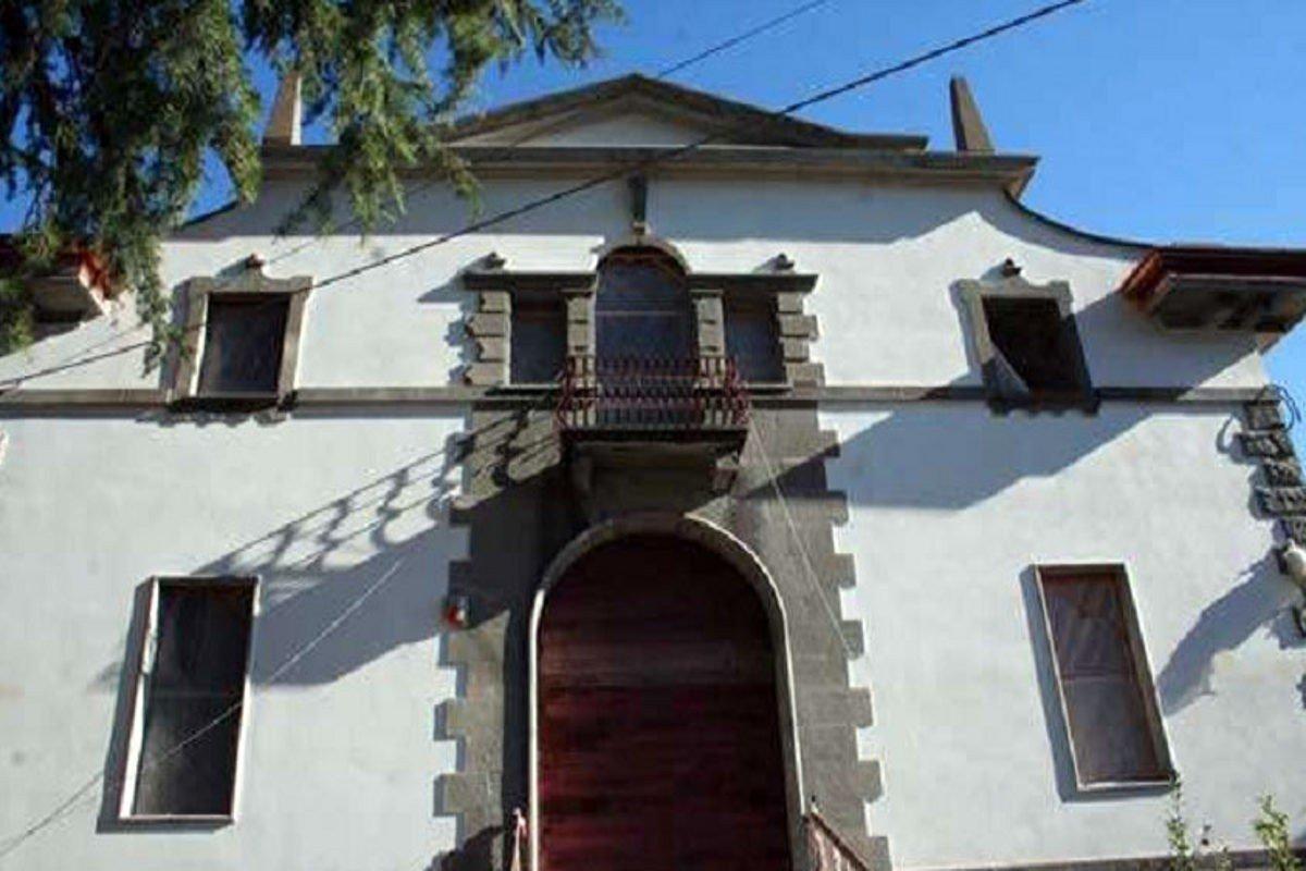 Villa storica Lago di Garda in vendita
