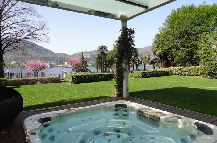 Appartamento Lago di Como fronte lago
