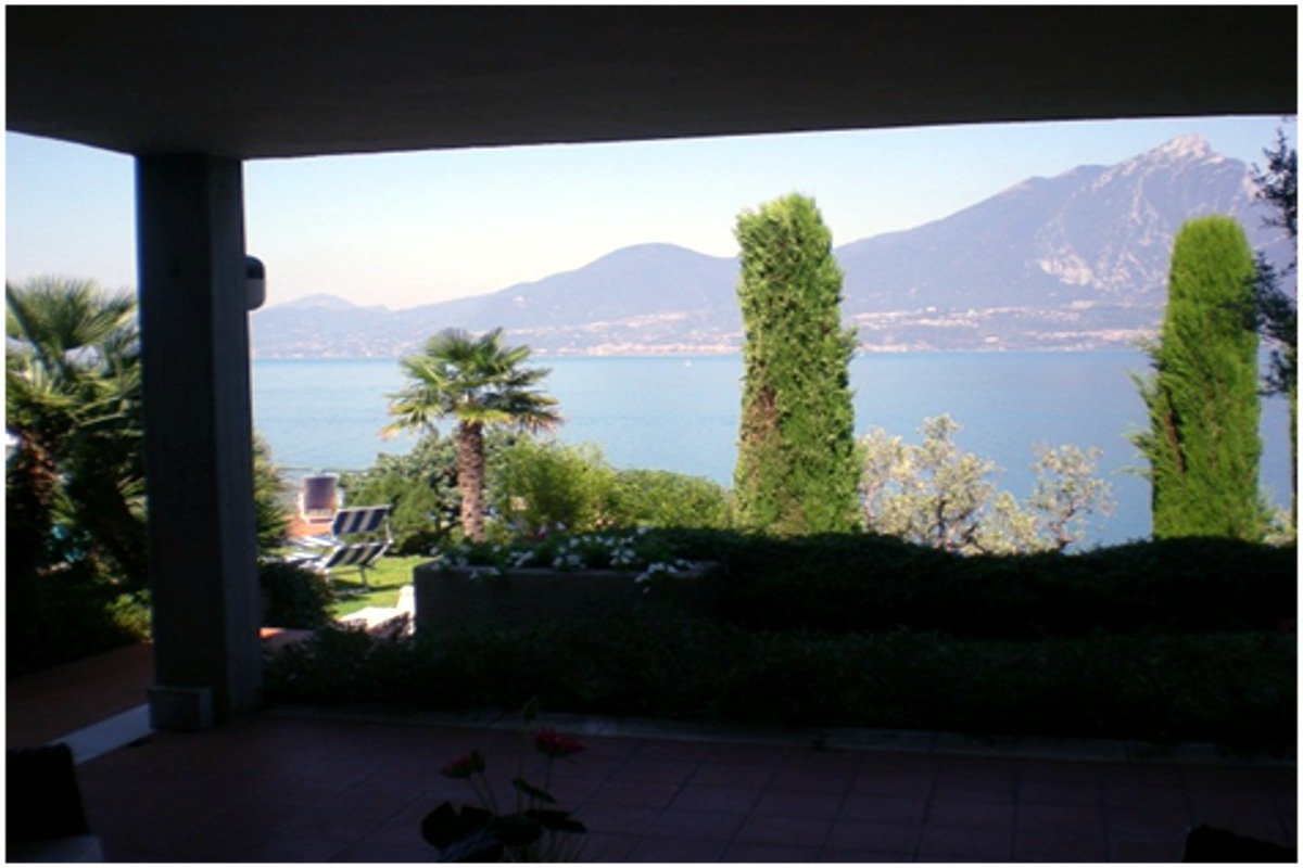 Villa Torri del Benaco vista lago