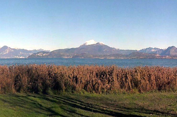 Casa fronte Lago Garda direttamente sulla spiaggia