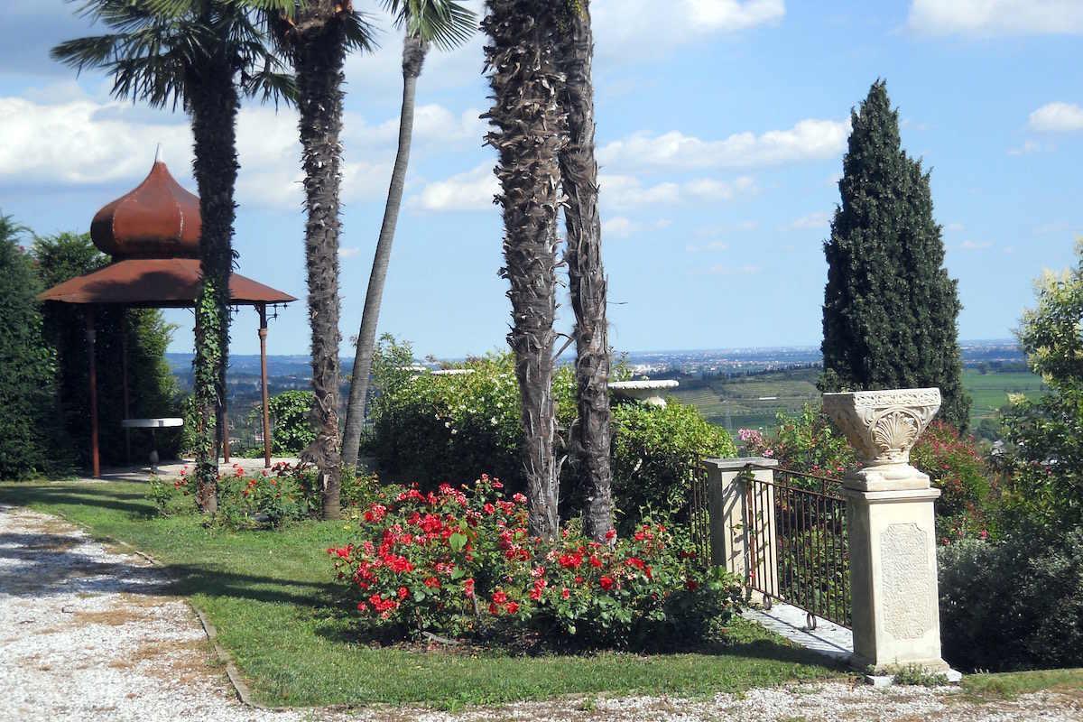 Villa storica Lago di Garda vendita vista lago