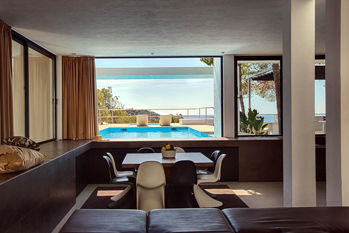 Villa affitto Ibiza con piscina infinity e vista mare
