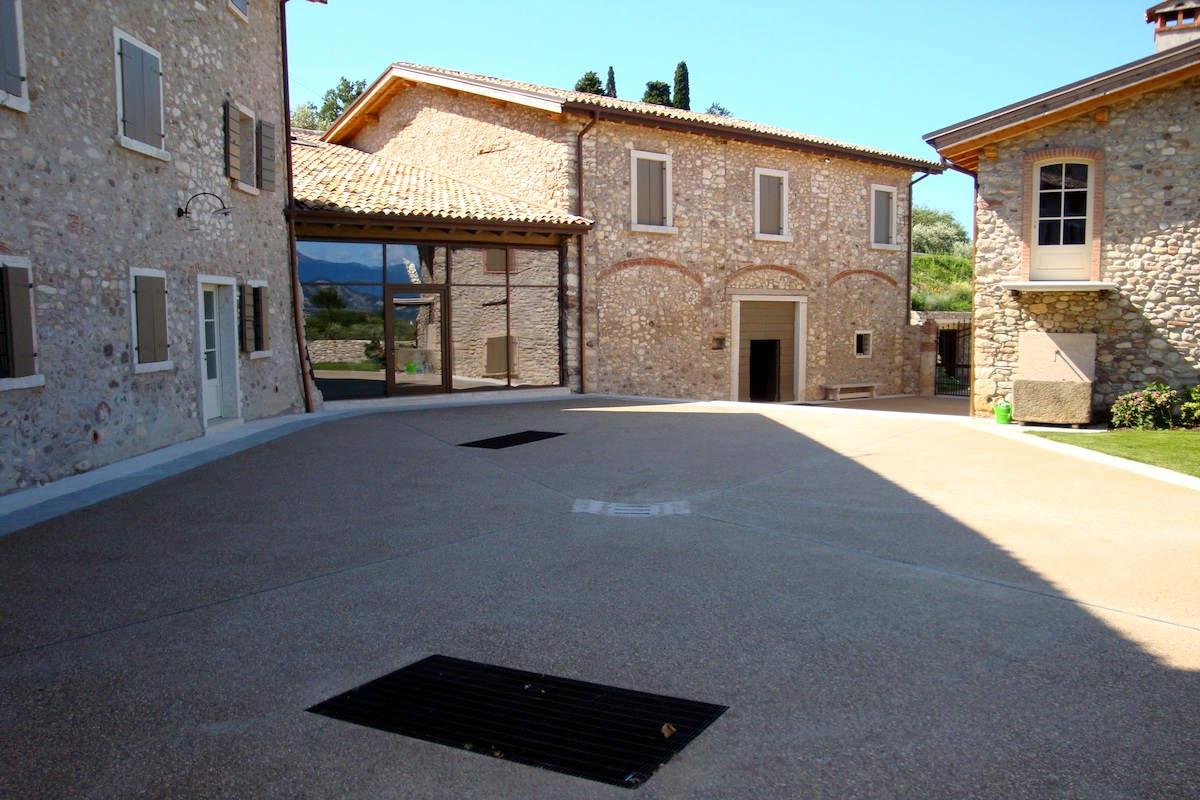 Azienda vinicola Bardolino vista lago in vendita