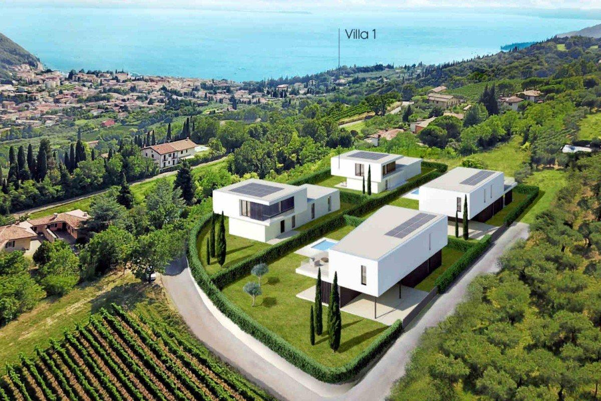 Villa Garda in vendita vista lago con piscina