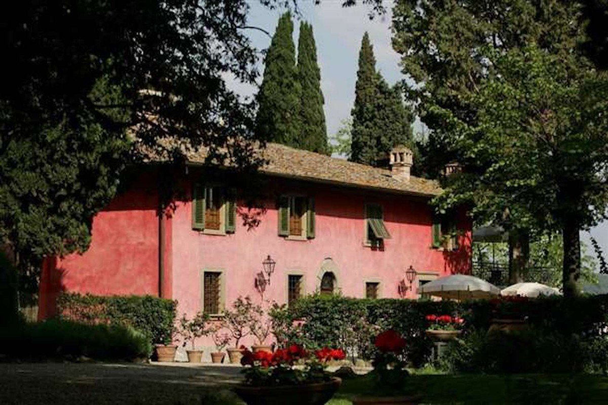 Tenuta Vinicola in Chianti in vendita di 300 Ettari