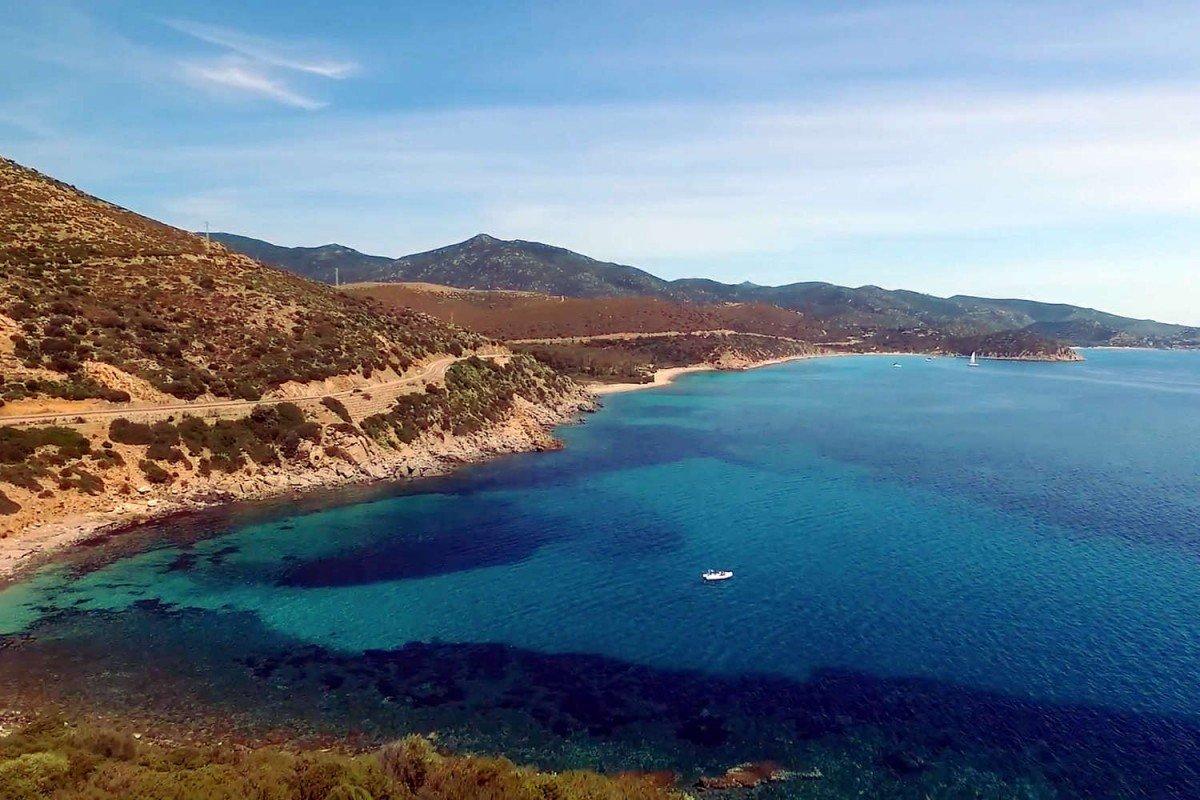 Villa Sardegna fronte mare affitto con piscina