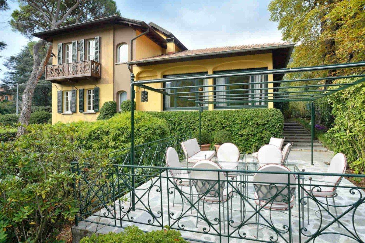 Villa storica Lago di Como affitto costruita nel 1833