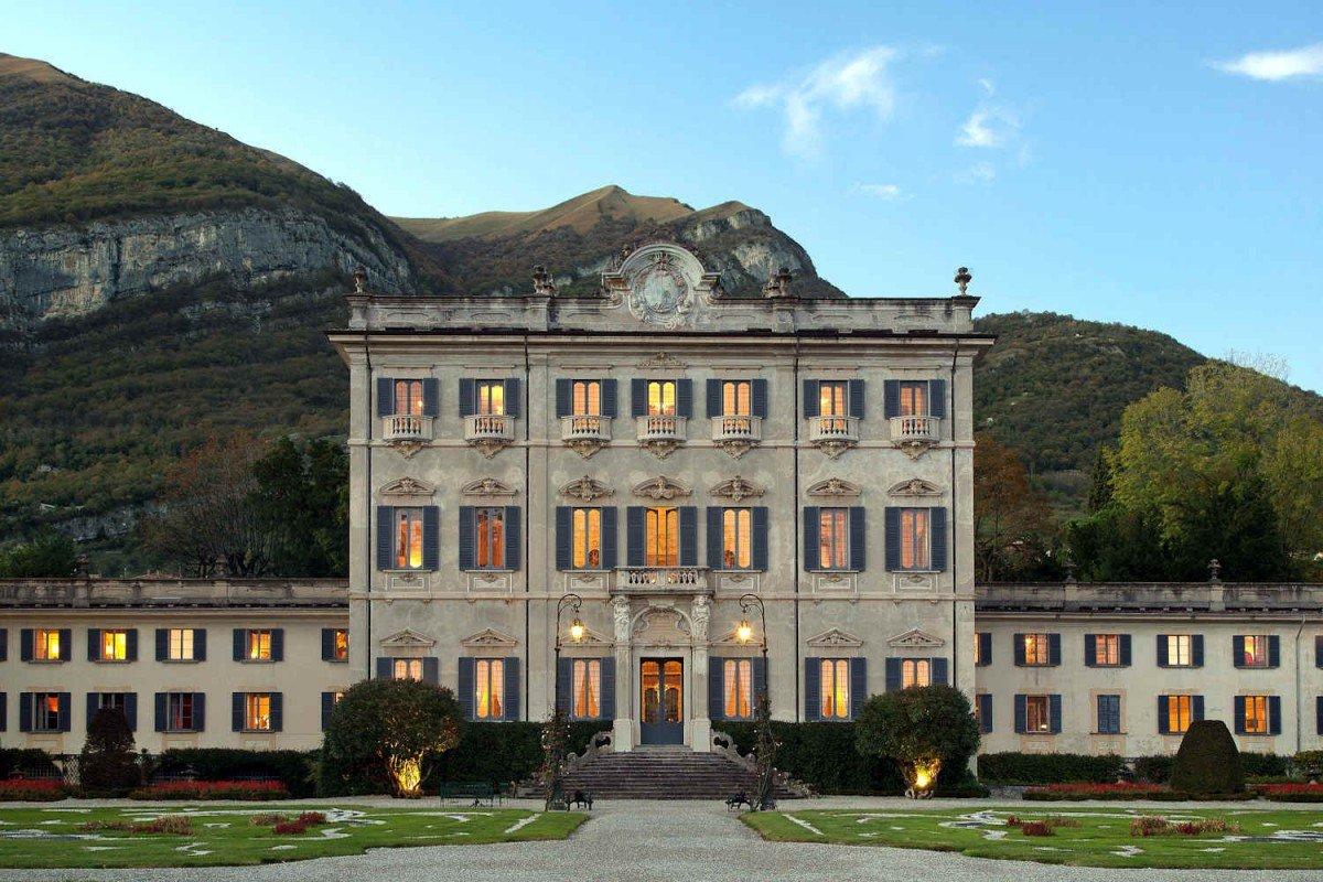 Storica Villa Lago di Como in affitto con piscina