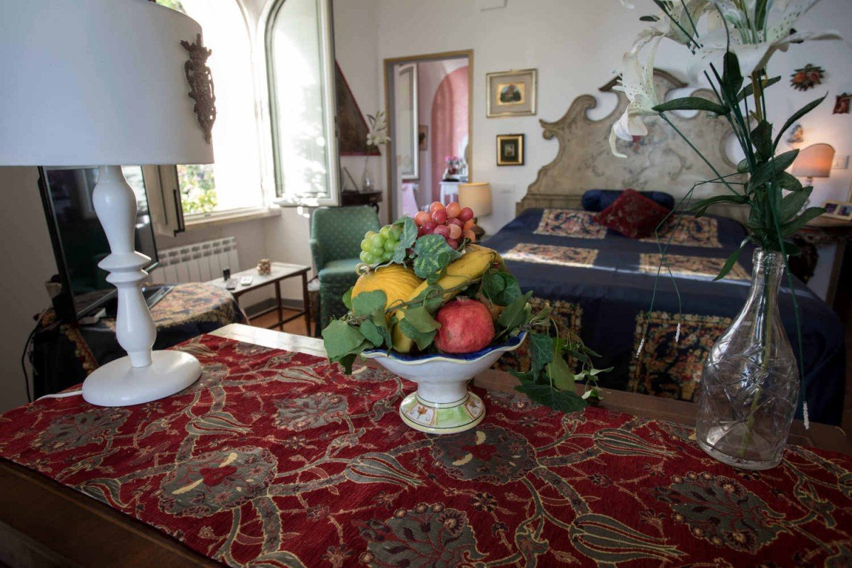 Villa di Lusso a Taormina in affitto con splendida vista mare