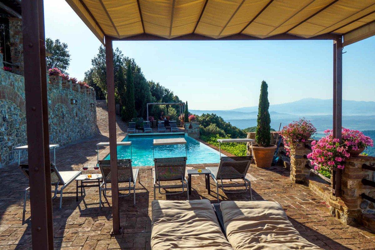 Casale Toscana in affitto con panorami mozzafiato
